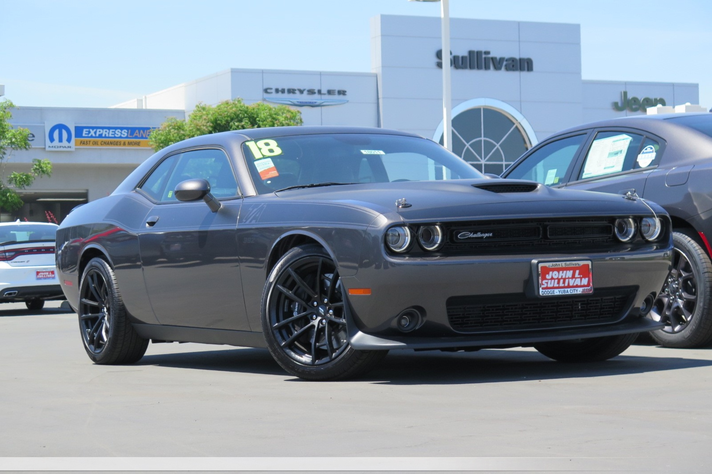 new 2018 dodge challenger srt8 392 2d coupe in yuba city 00018011